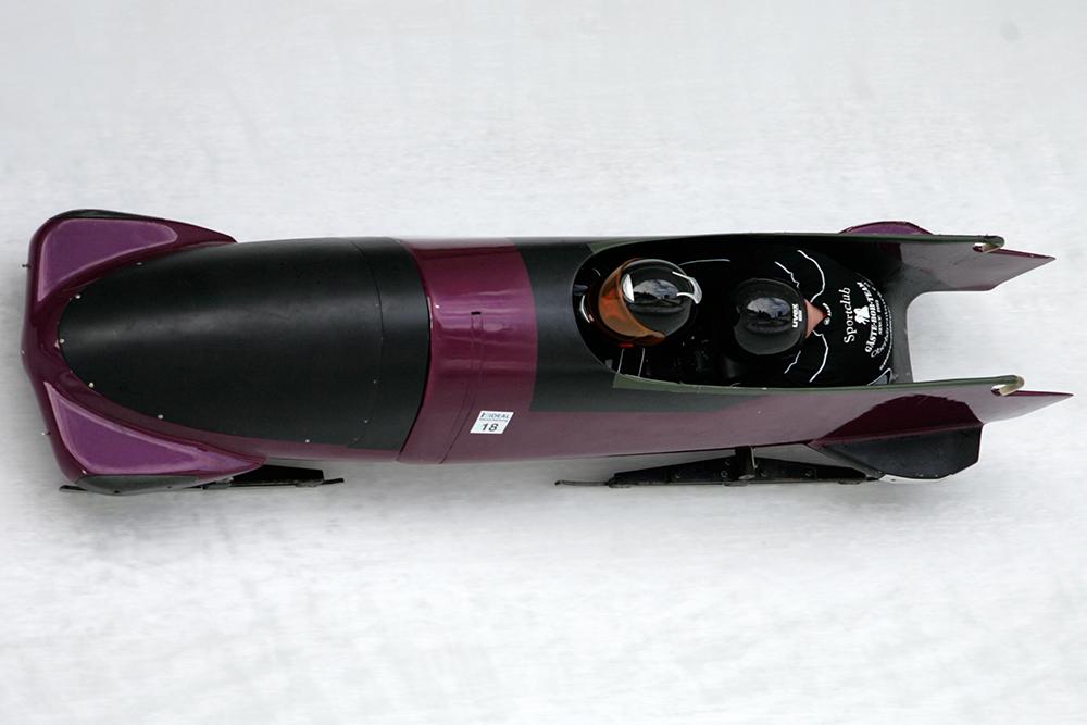 LX8M3903
